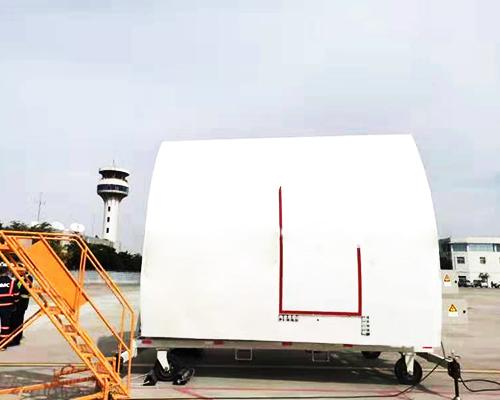 飞机舱门模拟接机装置